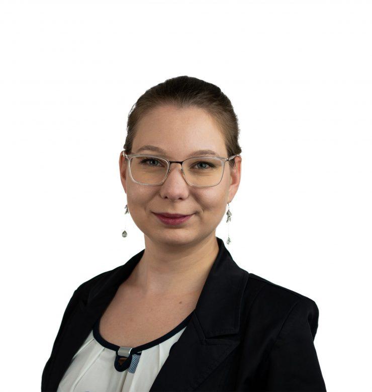 Nikola Heldová